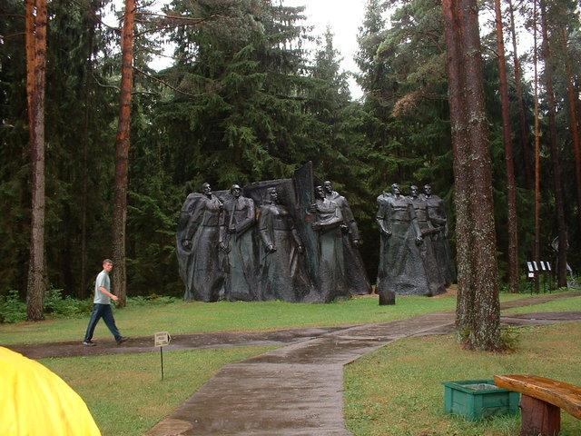 Statue - 'Stalin world'