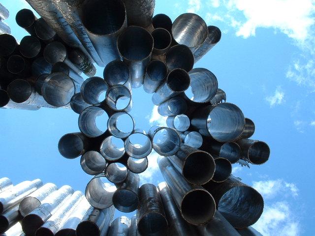 Sibelius monument looking up - Hesinki