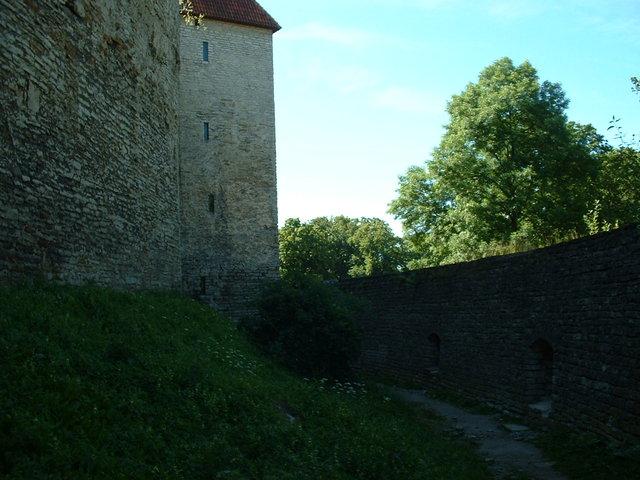 Tallin city walls
